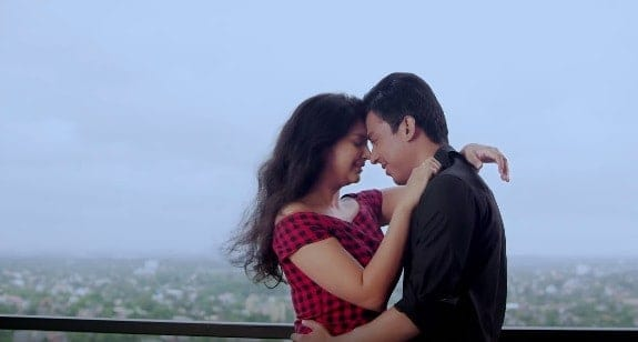 Dilbaro Lyrics is sung by Sourabh Joshi and the music has been composed byy A-Z Sheriff. The Lyrics of this song is penned by Pinky Poonawala. This is a new romantic song with a nice storyline.